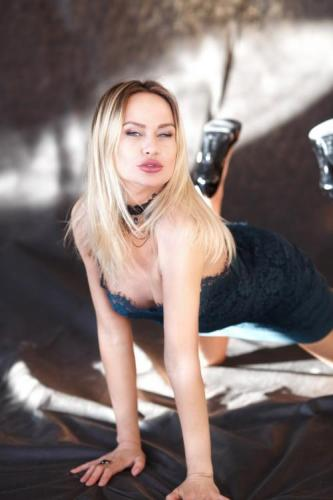 Victoria - sweet anal - Escort Luxembourg